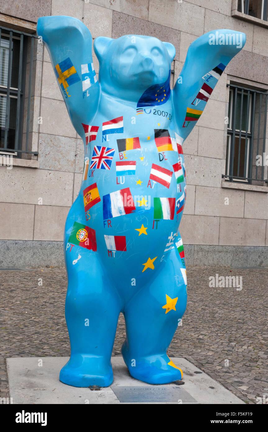 Fanciful 'Berlin bear' in Berlin, Germany - Stock Image