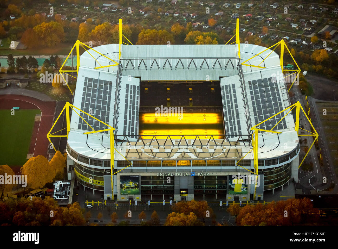signal iduna park signal iduna park borussia dortmund bvb o9 stock photo 89555326 alamy. Black Bedroom Furniture Sets. Home Design Ideas