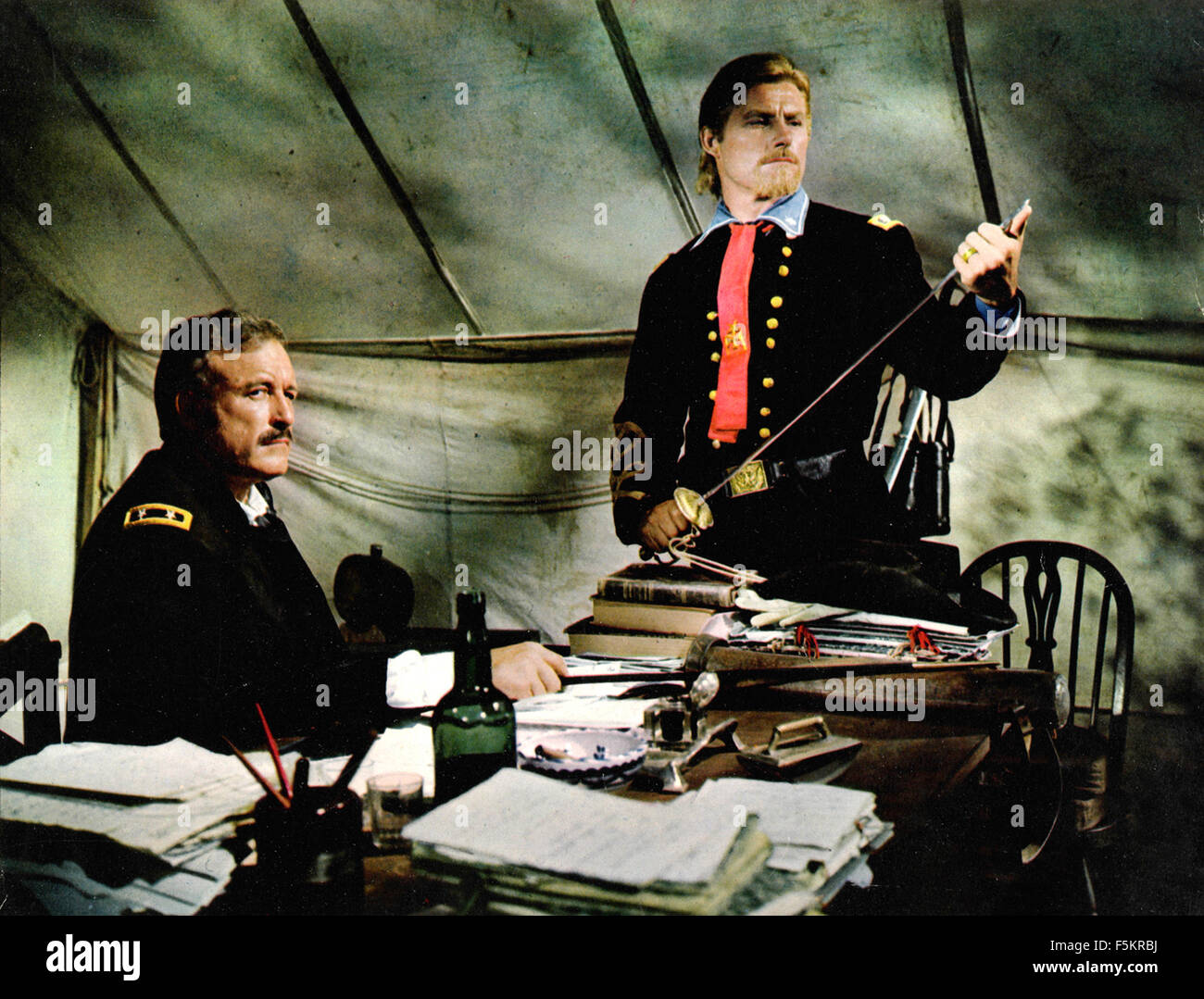 American actors Lawrence Tierney and Robert Shaw in a scene from the film 'Custer of the West' - Stock Image