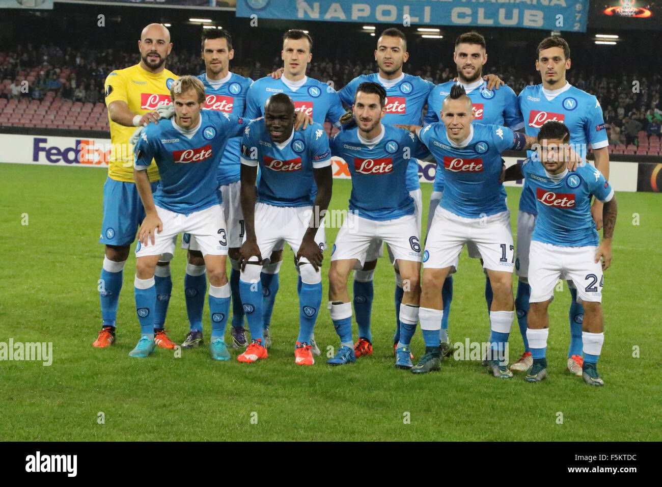 SSC Napoli team during soccer match between SSC Napoli and FC Midtjylland  at San Paolo Stadium in Napoli . (Photo by Salvatore Esposito   Pacific  Press) 9669ee51cc865