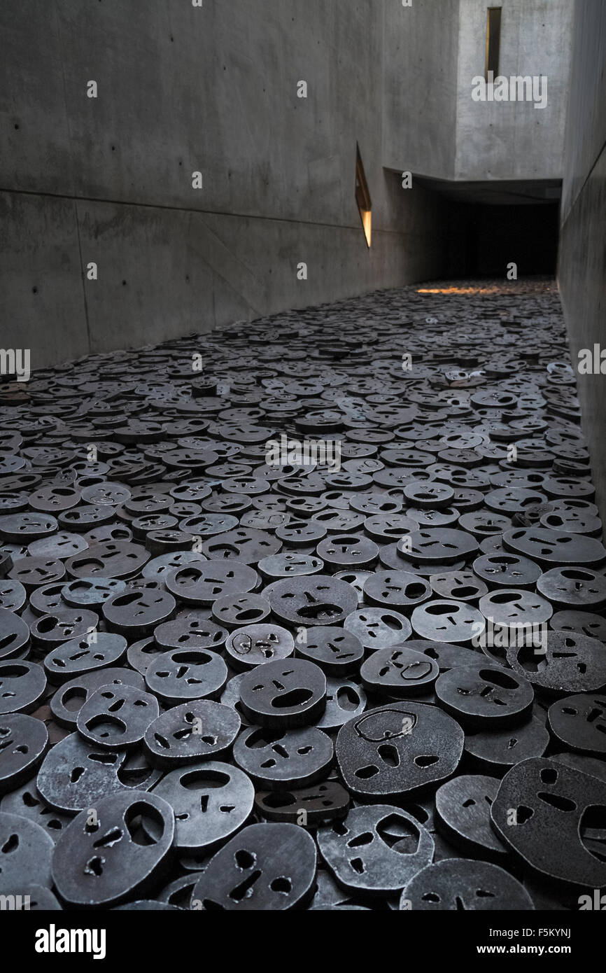 Steel faces by artist Menashe Kadishman, exhibited in the Memory Void, Jewish Museum, Berlin, Germany - Stock Image