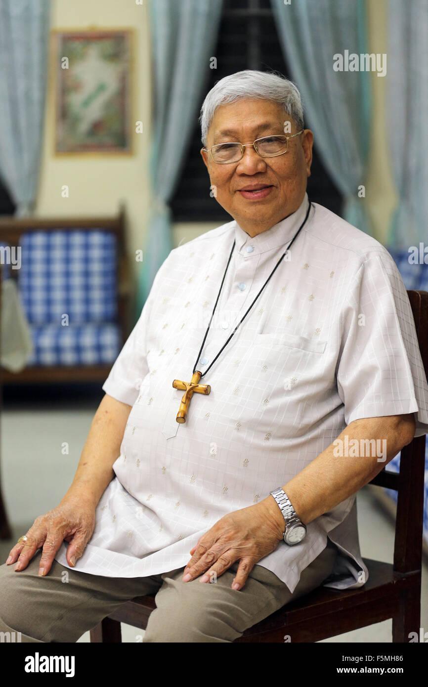 Roman Catholic Bishop Dinualdo D. Gutierrez, Diozese of Marbel, Mindanao, The Philippines - Stock Image