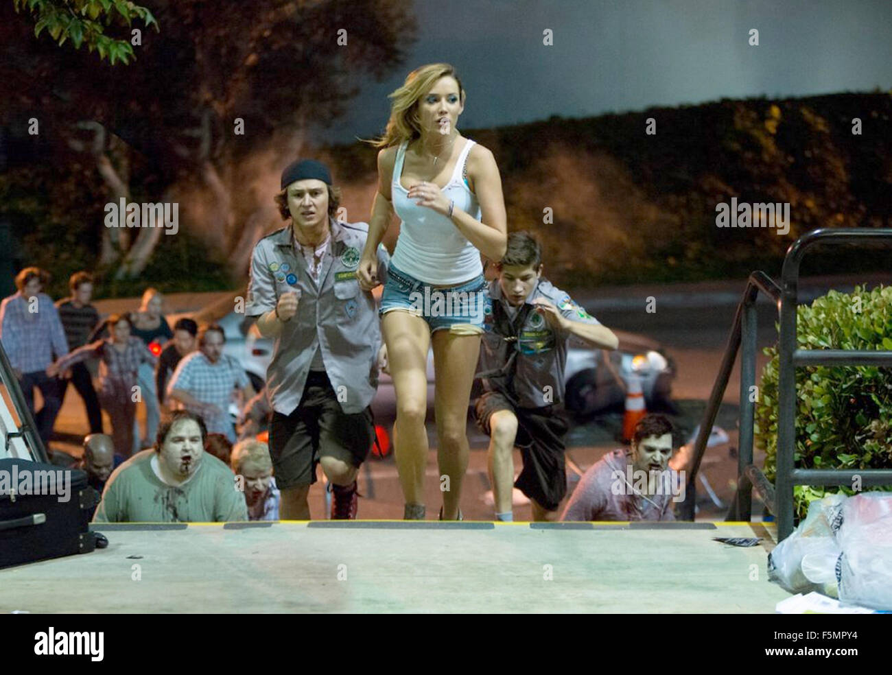 SCOUTS GUIDE TO THE ZOMBIE APOCALYPSE 2015 Broken Road Productions film with Sarah Dumont - Stock Image