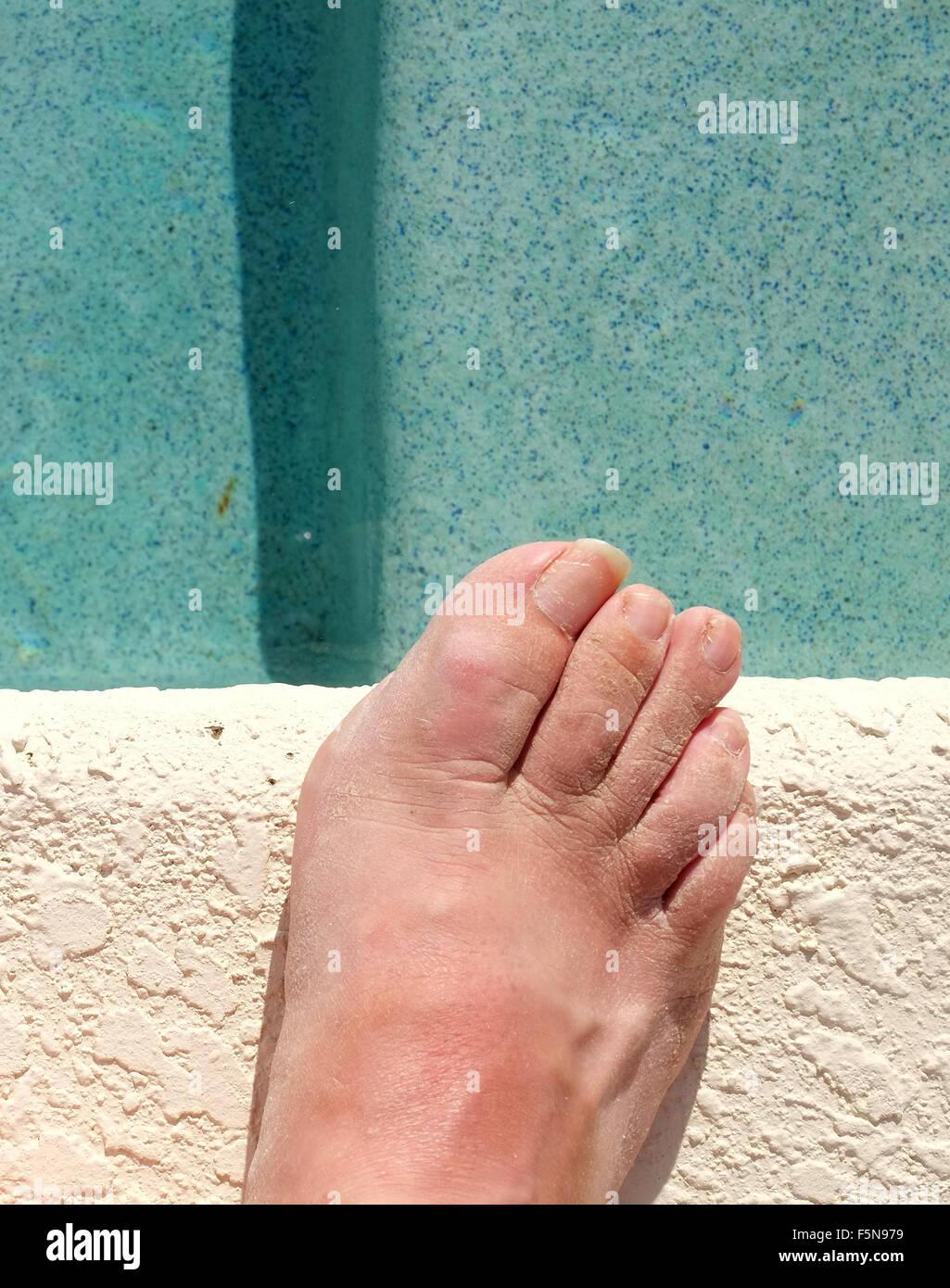 Mature feet At Her