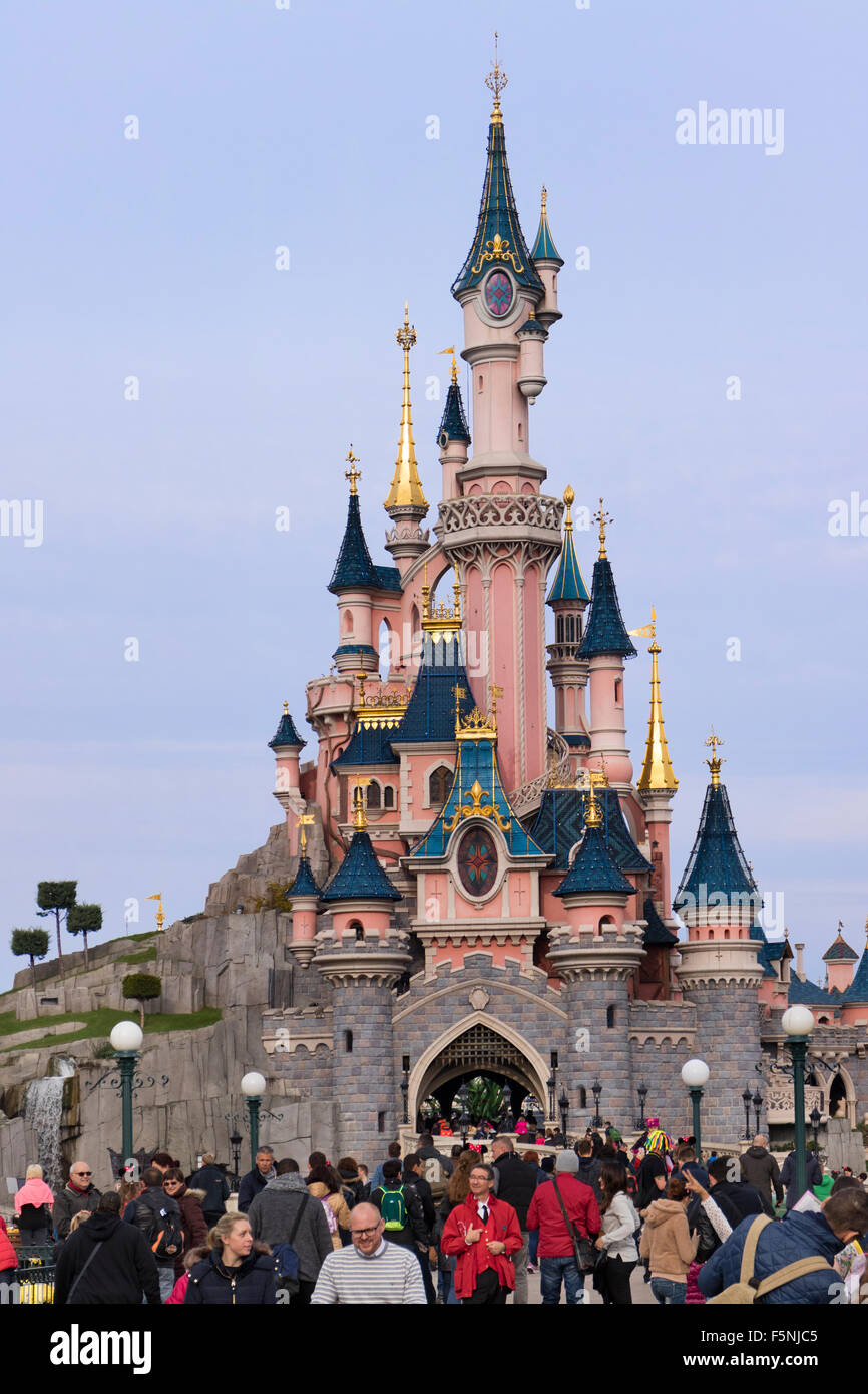 Sleeping Beauty Castle, Fantasyland, Disneyland Paris theme park, Marne-la-Vallée, Île-de-France, France - Stock Image