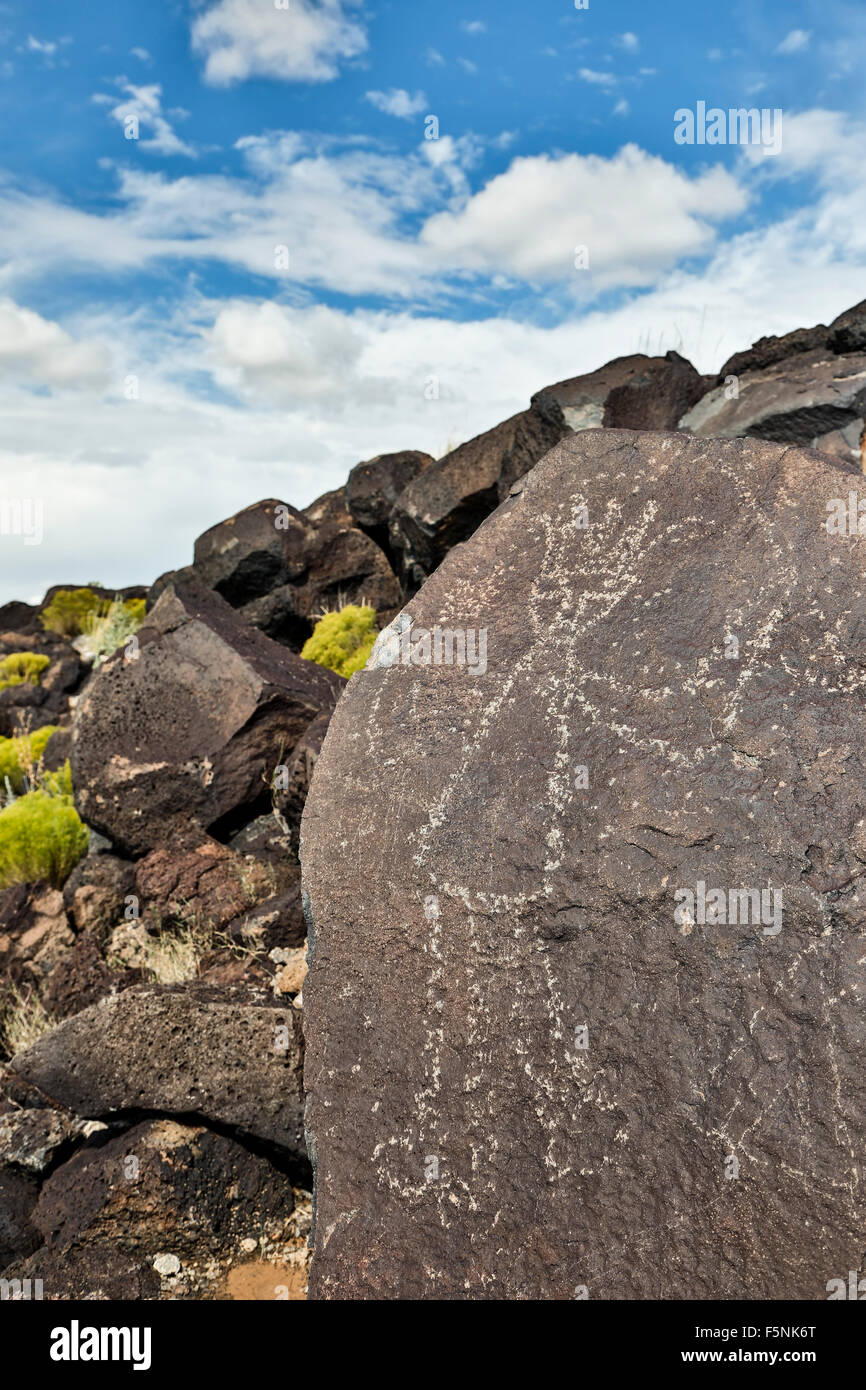 Petroglyph (rock art) on rock, Boca Negra Canyon, Petroglyph National Monument, Albuquerque, New Mexico USA - Stock Image