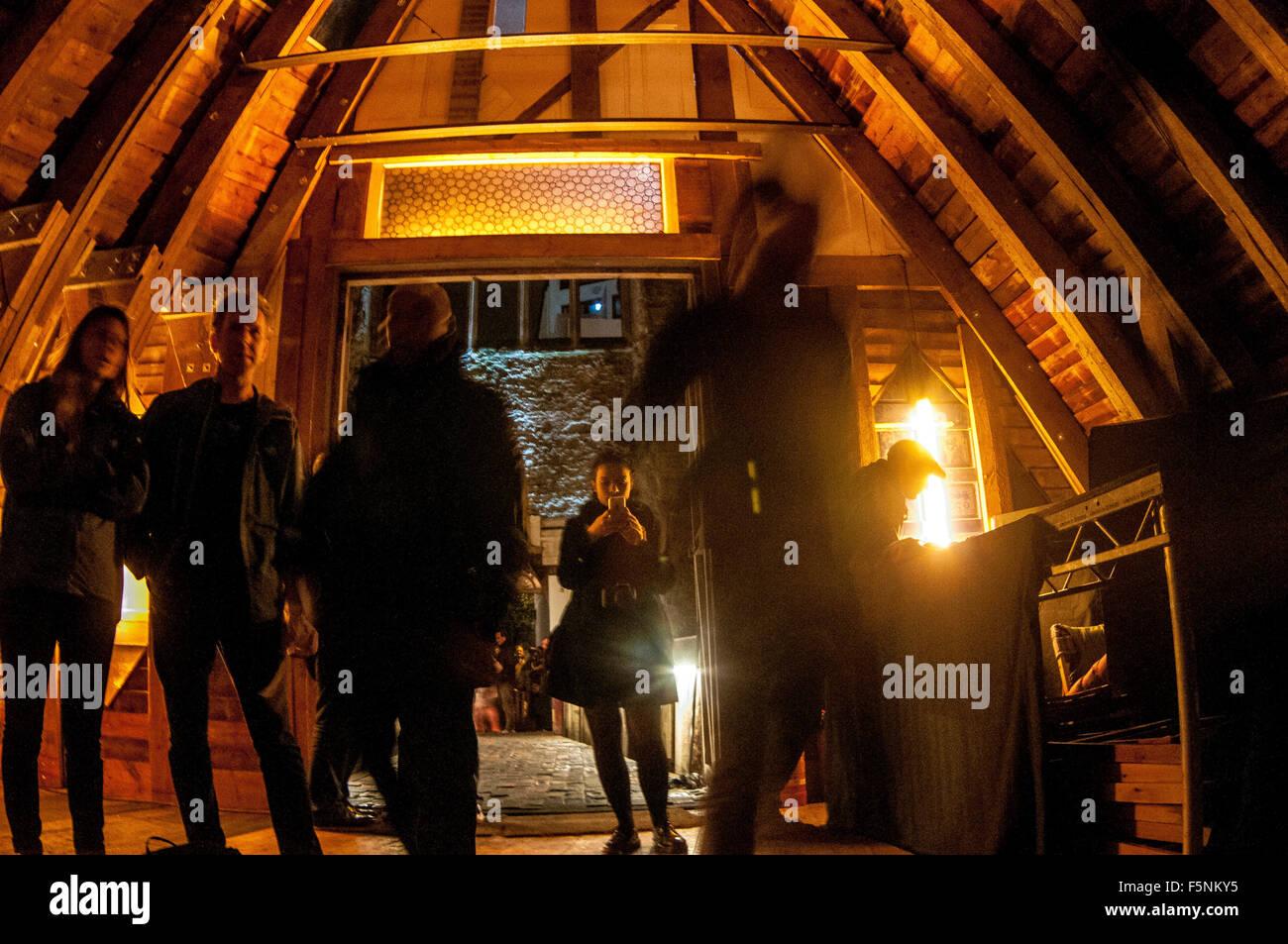 Bristol, UK. 6th Novembert 2015. Celestine Walcot and Bristol Regge Orchestra performing live at Chicago-based artist - Stock Image