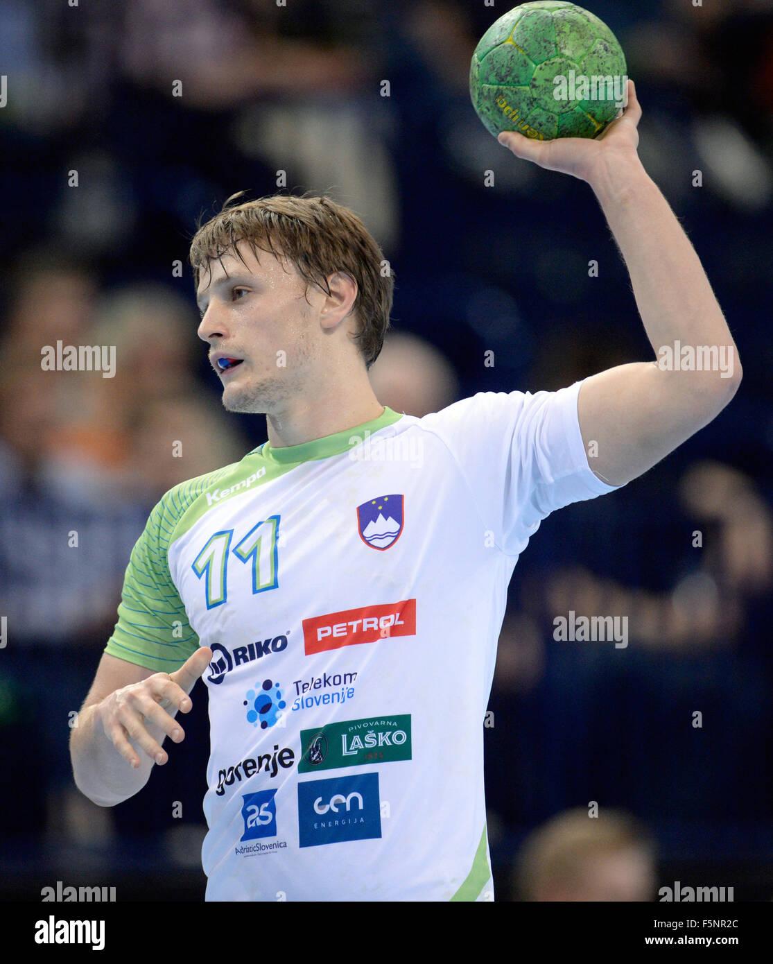 Hamburg, Germany. 07th Nov, 2015. Slovenia's Jure Dolenec in action during the Supercup men's handball match - Stock Image