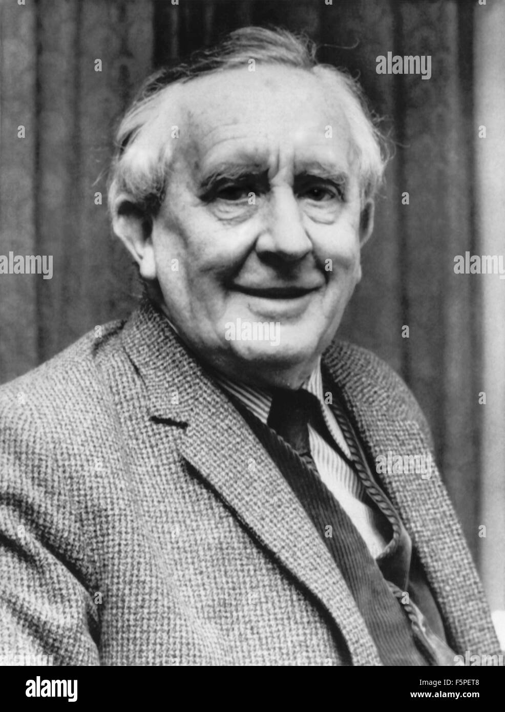 J R Smith Links Black Friday To Slavery On Instagram: J R R Tolkien Stock Photos & J R R Tolkien Stock Images