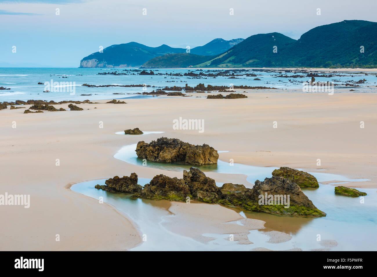 Trengandin beach. Noja, Cantabria, Spain, Europe. - Stock Image