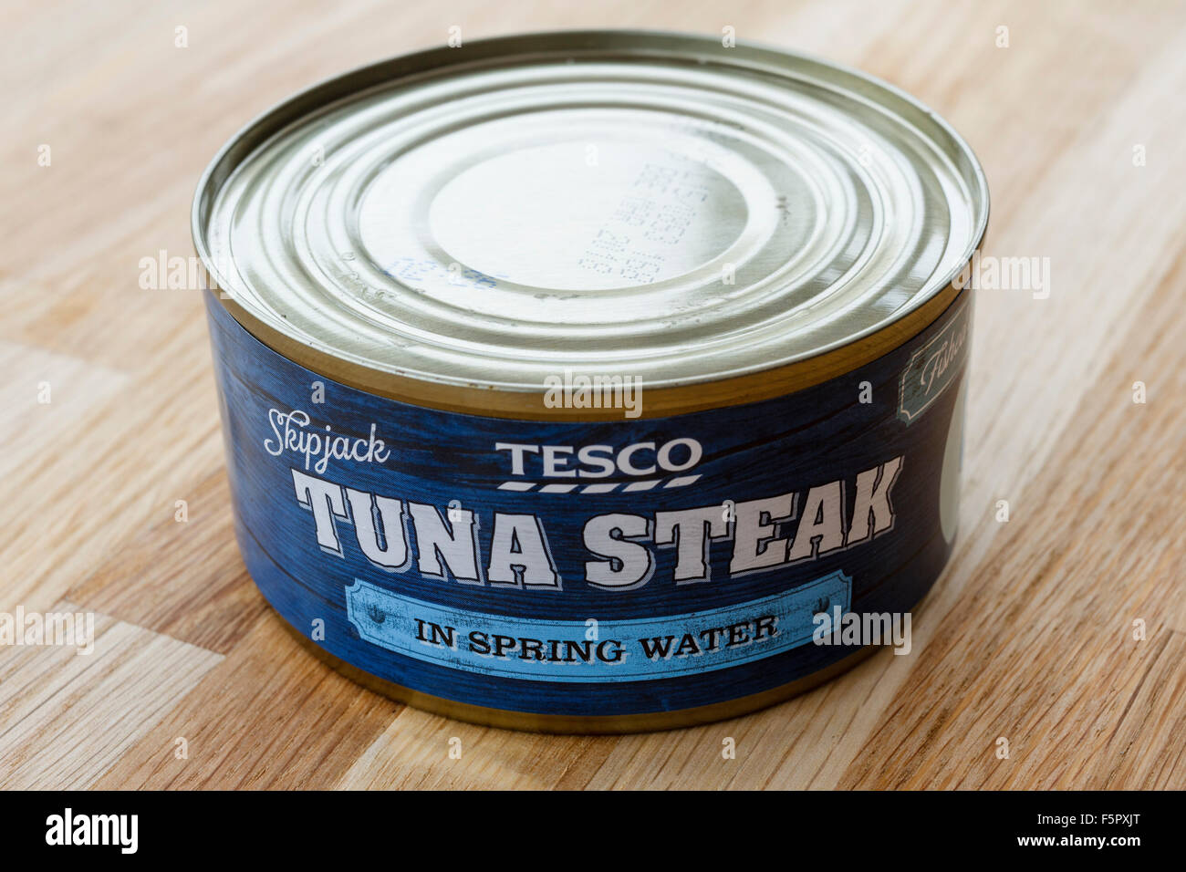 Tin of Tesco tuna steak in spring water - Stock Image