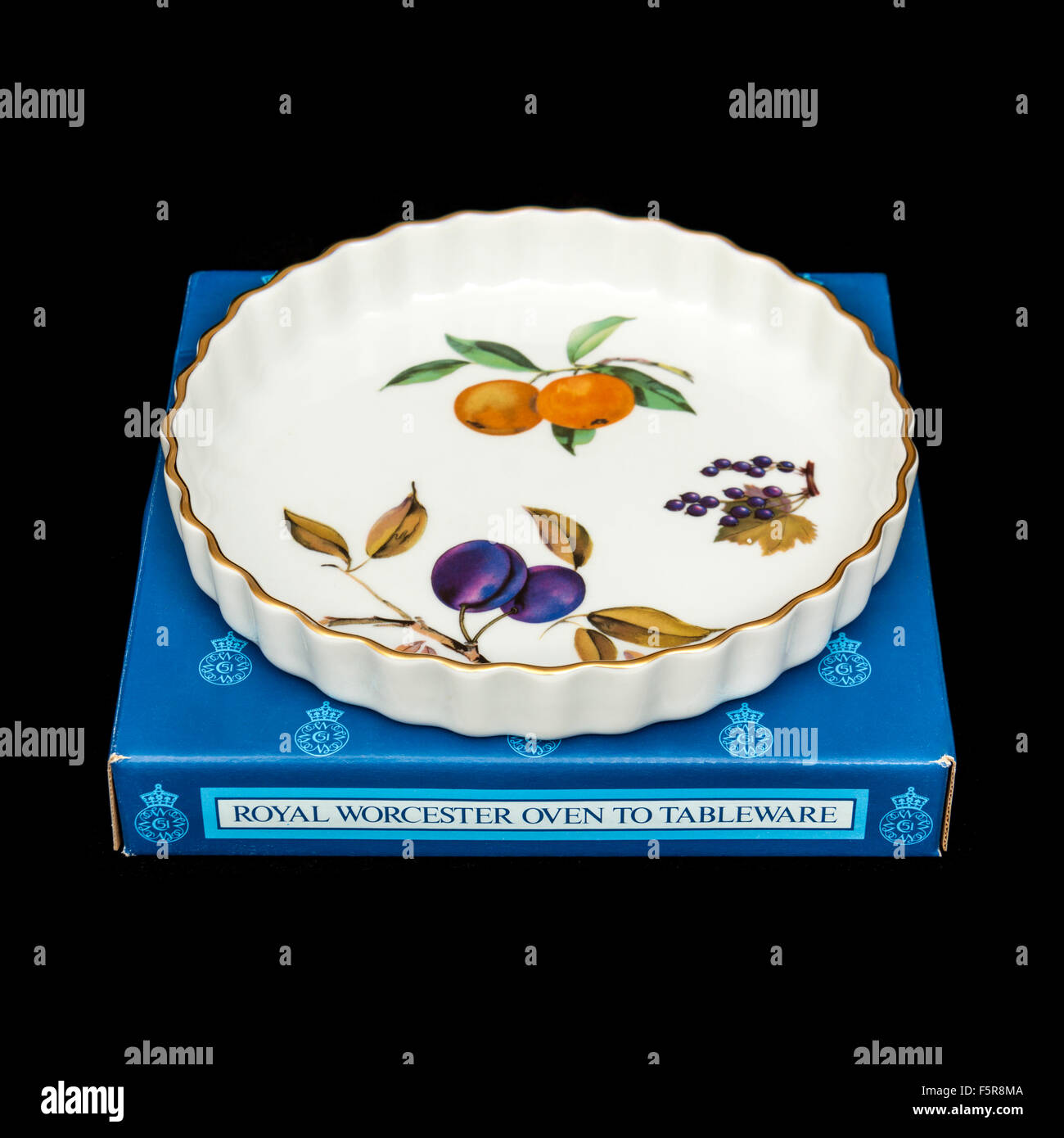 Vintage (1970u0027s) Royal Worcester U0027Eveshamu0027 Flan / Quiche Dish.