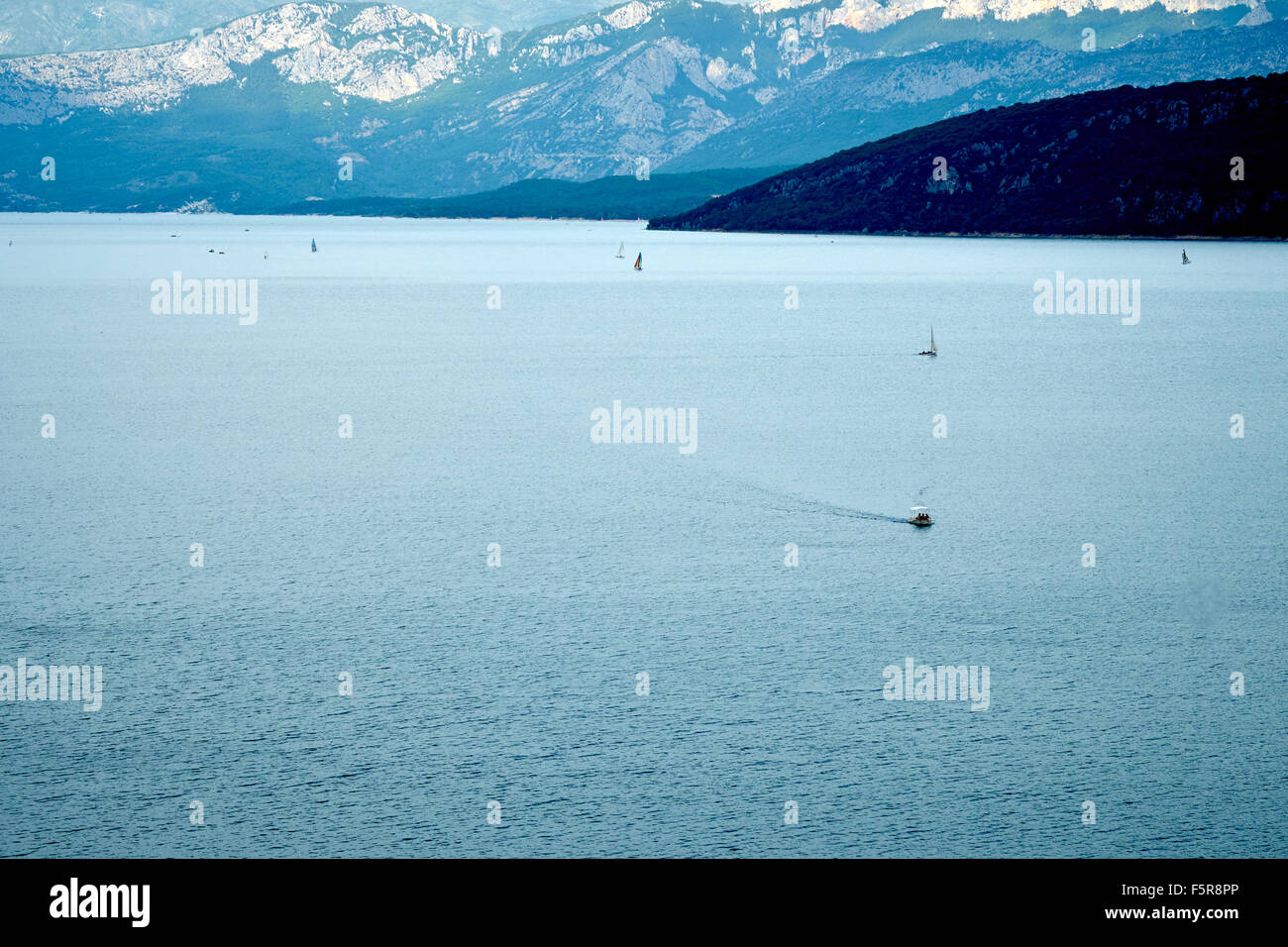 Boat on artificial lake, Lake of Sainte Croix, Var, France - Stock Image