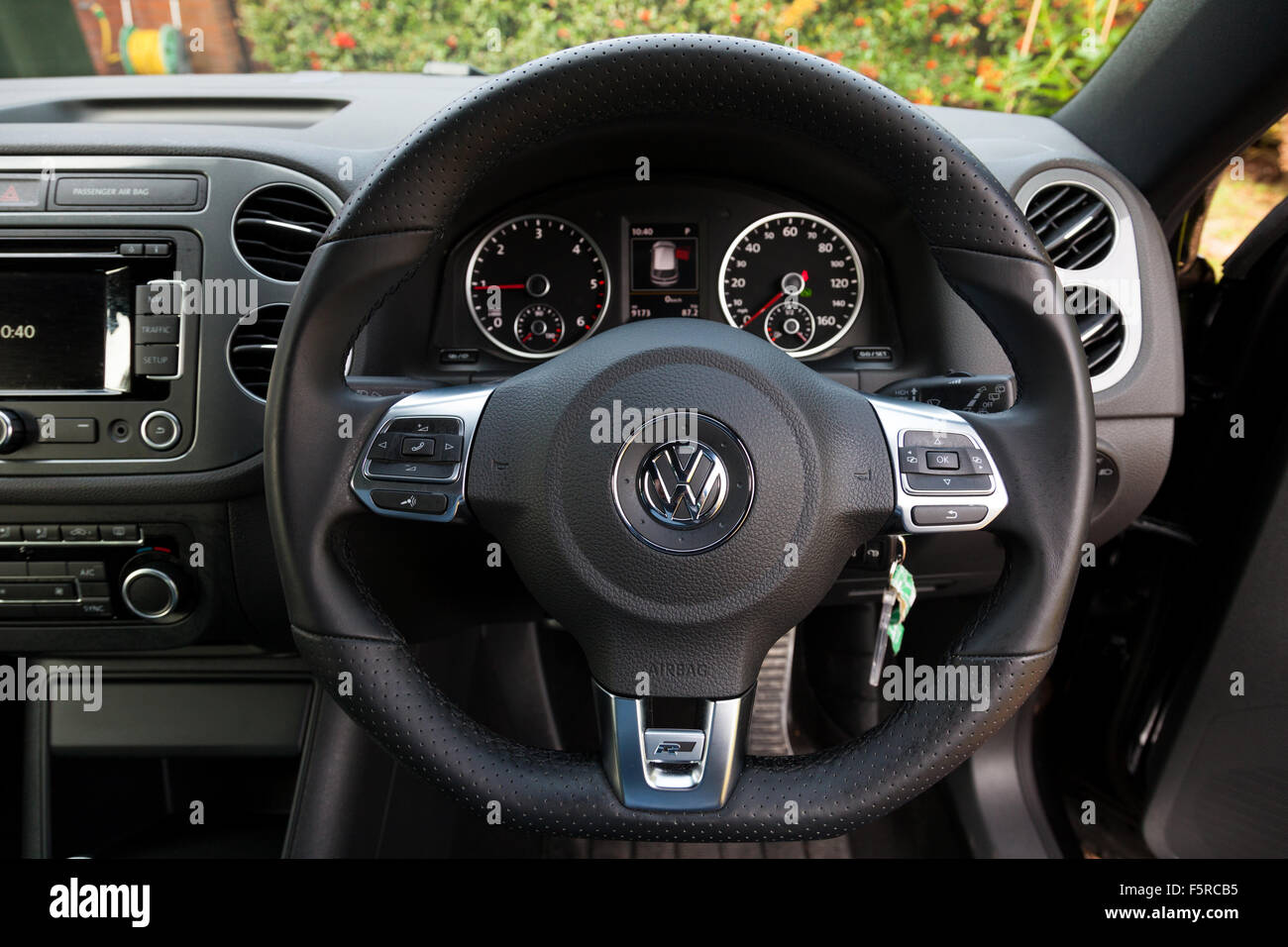 The interior of a 2015 VW Tiguan 2.0 TDi BlueMotion Technology R-Line car. - Stock Image