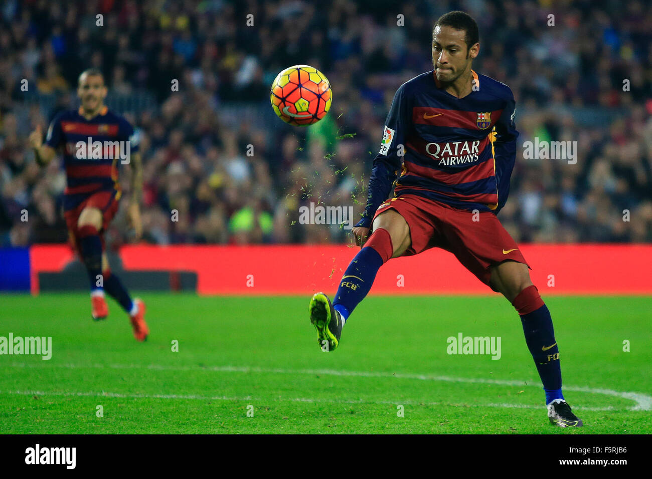 Barcelona, Spain. 8th Nov, 2015. Barcelona's Neymar controls the ball during the Spanish first division soccer - Stock Image