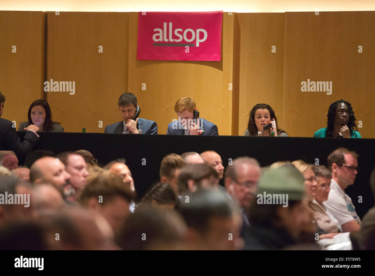 Allsop Residential auctions, Allsop Auctions, where people attend and bid on residential properties across the United - Stock Image