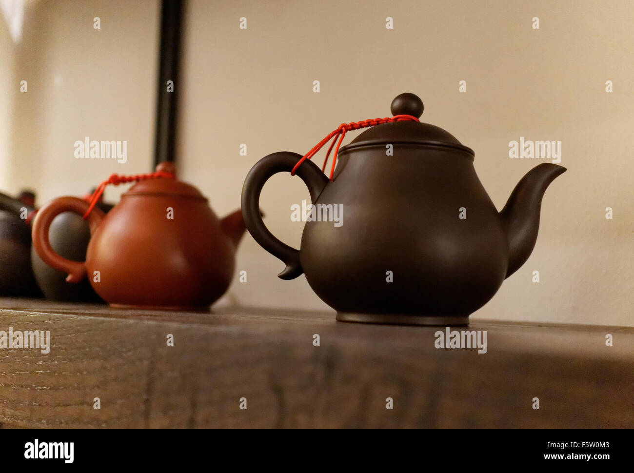 Teapots at Te, a tea shop in Greenwich Village, New York City. - Stock Image