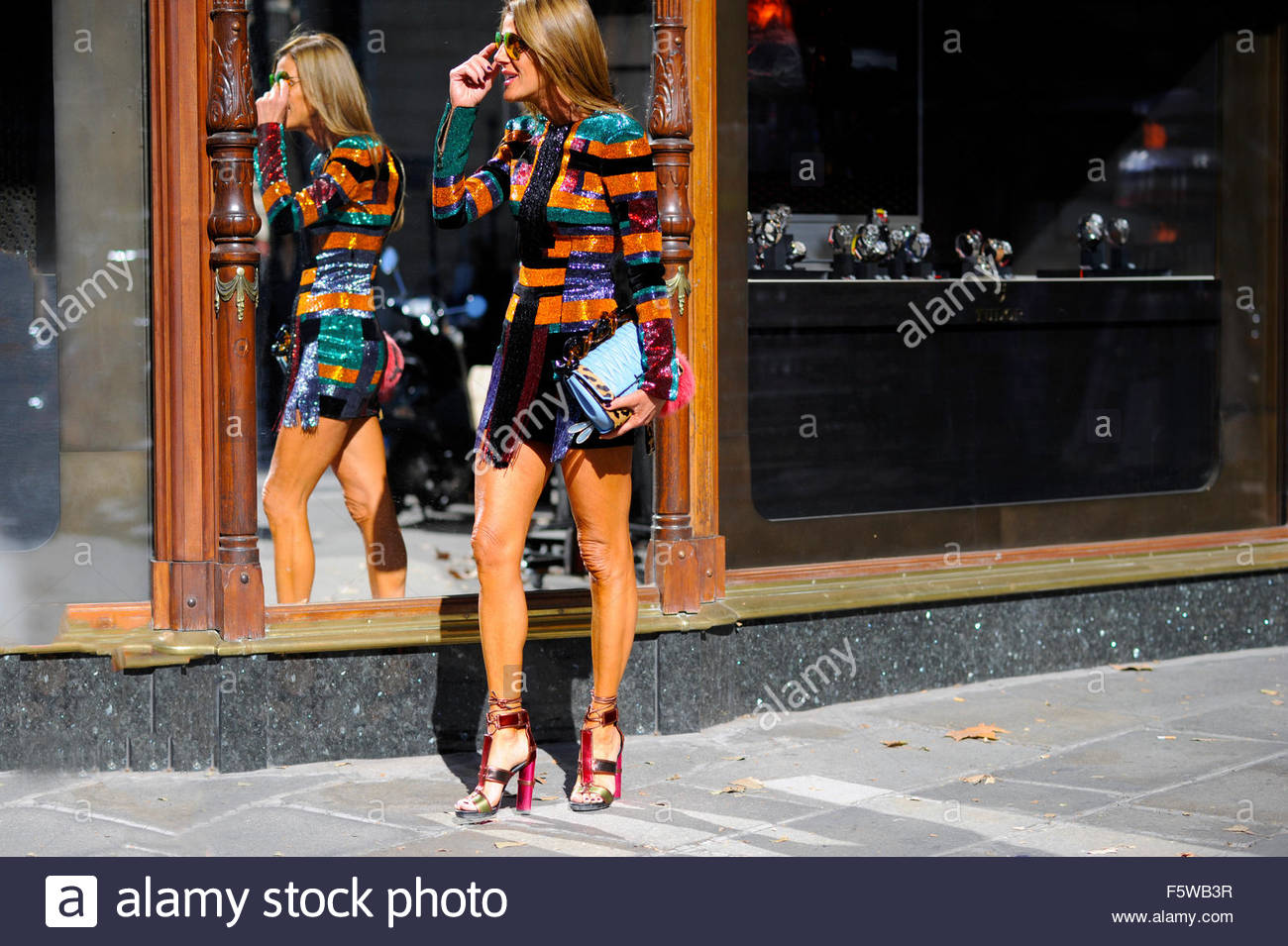 Anna Dello Russo  arrival for Balmain ready to wear SS16 FW15, on rue Scribe, Paris Fashion Week 2015. - Stock Image