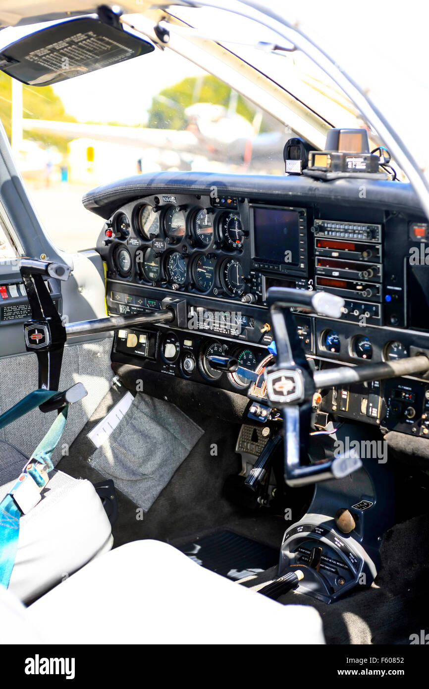 Cockpit of a 1973 Piper PA-32 single engined small plane Stock Photo