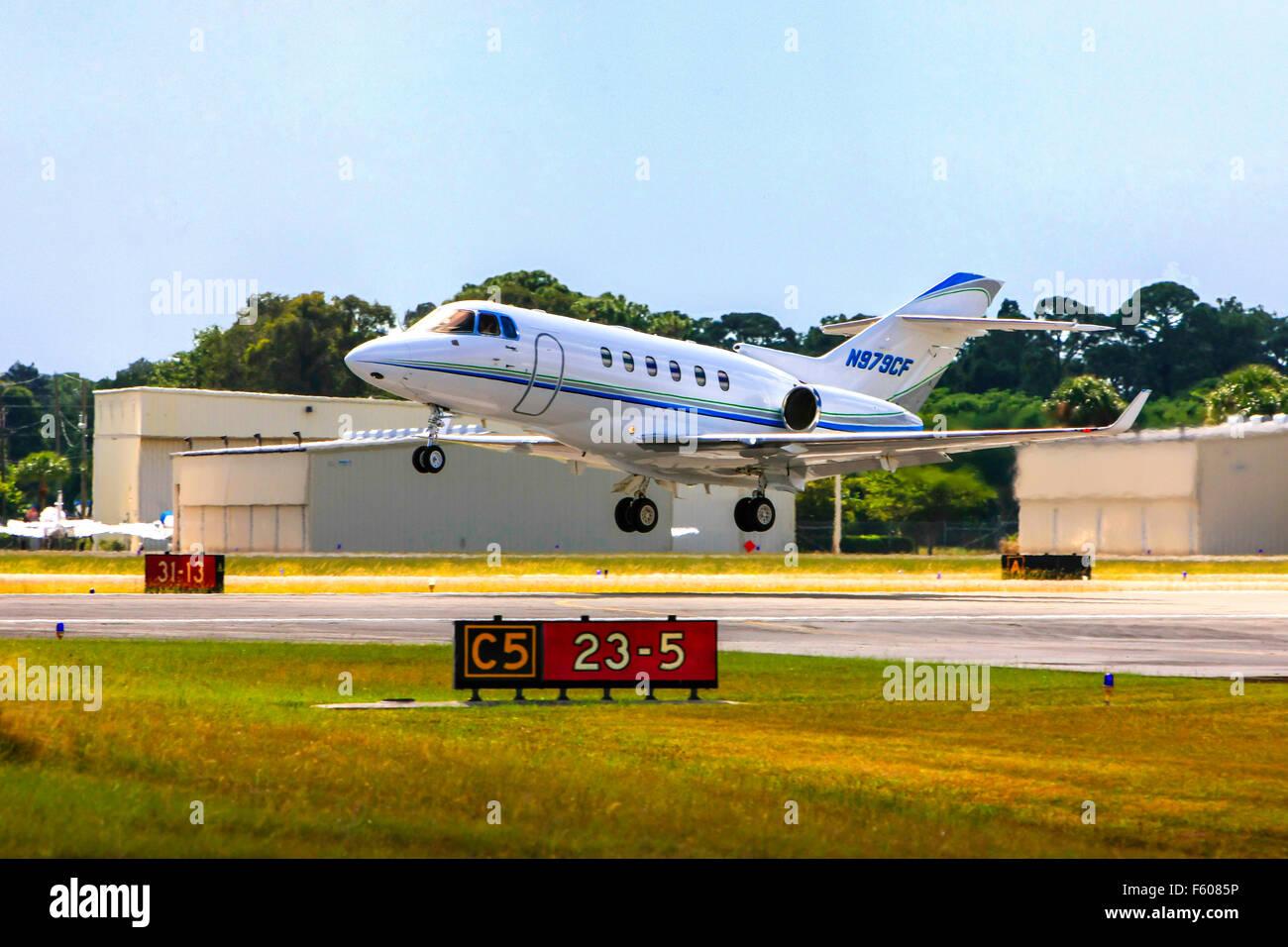 A Hawker Beechcraft 900XP Executive company jet - Stock Image