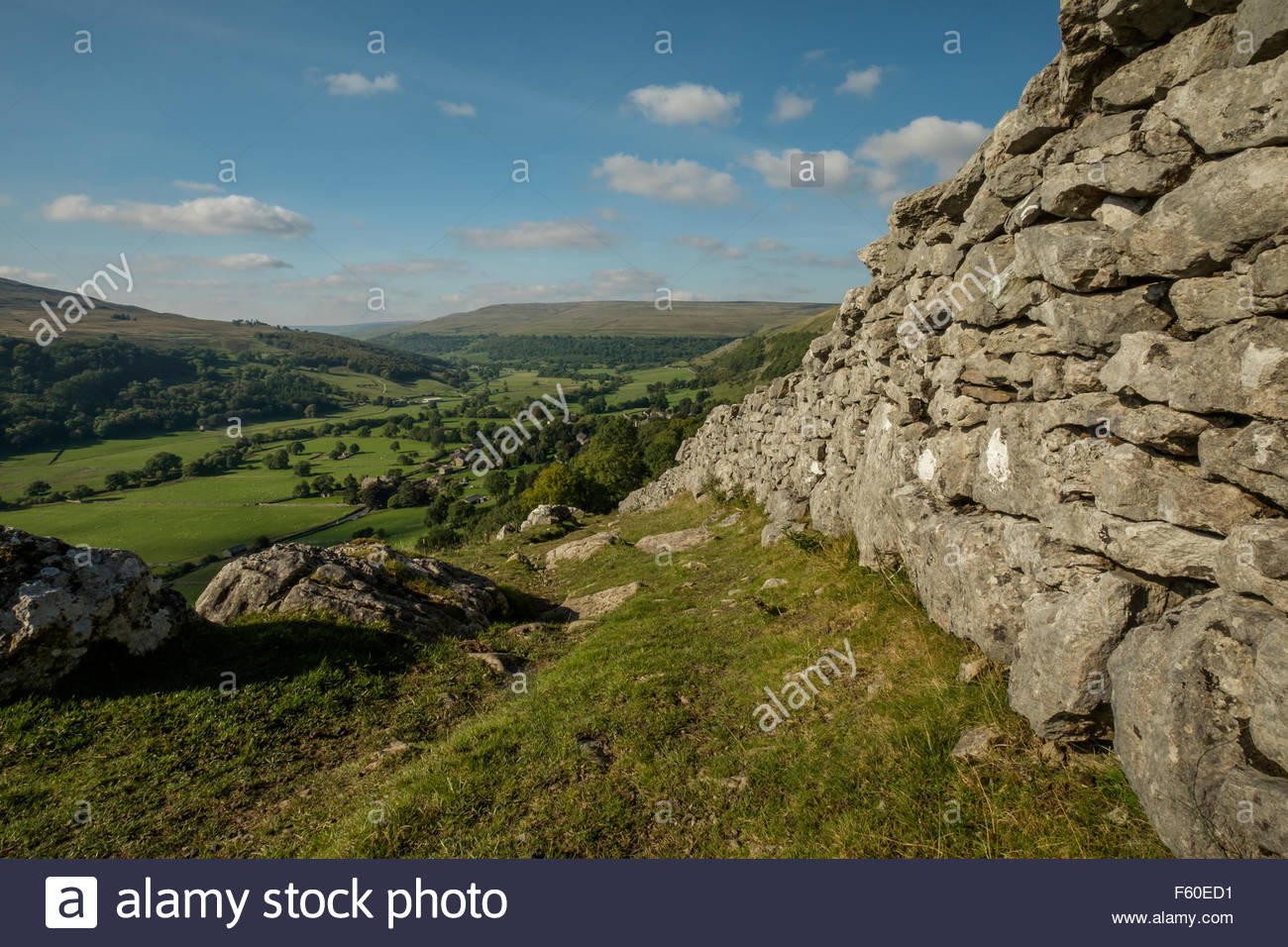 View over the village of Buckden, Wharfdale in the Yorkshire Dales, England on a sunny day in Autumn. Langstrothdale - Stock Image