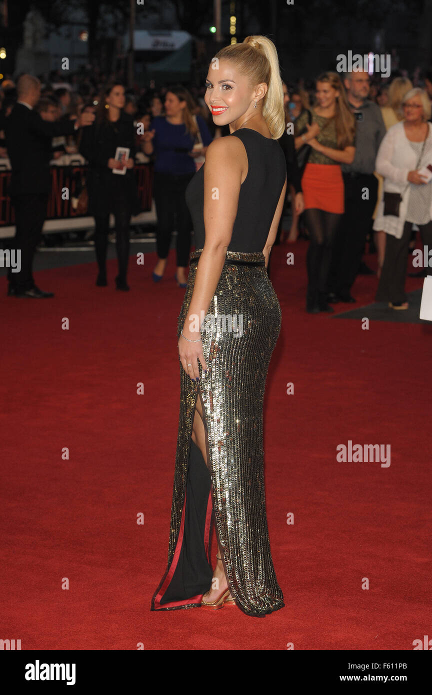 'The Intern' - UK Film Premiere - Red Carpet  Featuring: Shanie Ryan Where: London, United Kingdom When: - Stock Image
