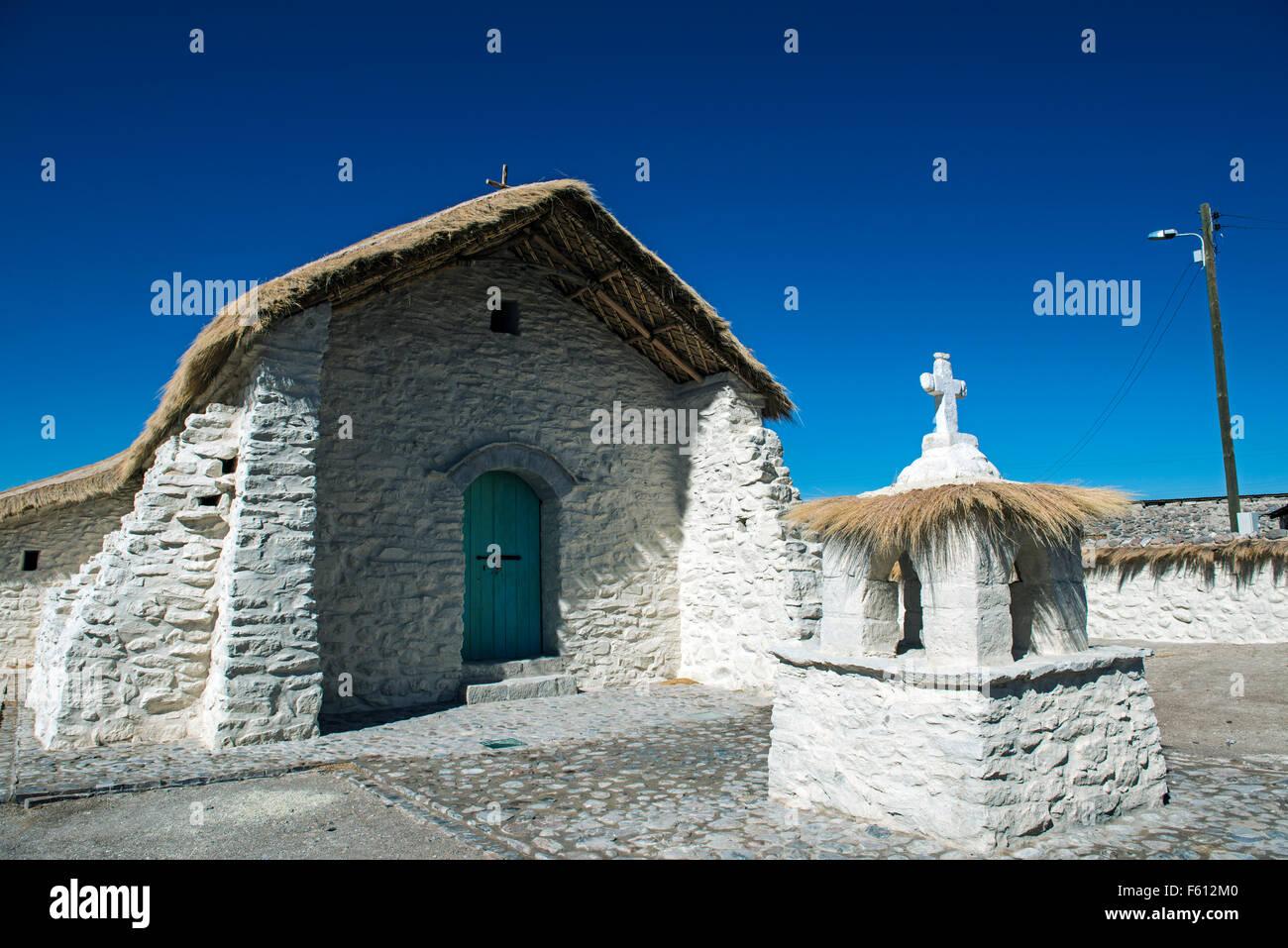 Church in village, 19th century Andean Baroque style, Guallatire, Region Arica y Parinacota, Northern Chile, Chile - Stock Image