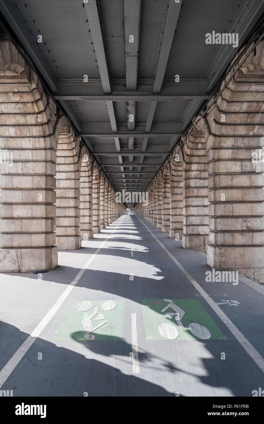 France, Paris, Pont de Bercy - Stock Image