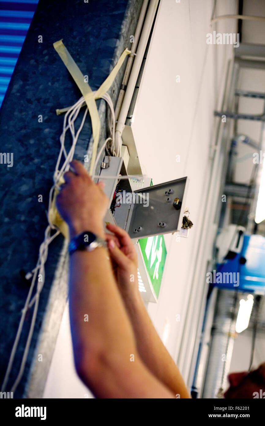 Electrician Wiring A Switch Box Stock Photo 89785249 Alamy Leg