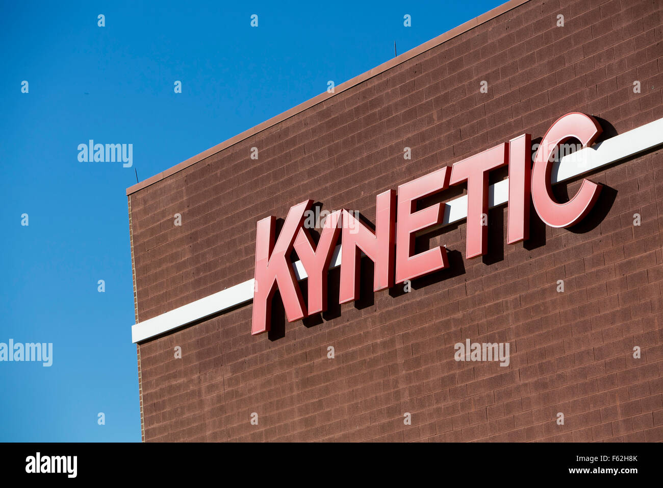 A logo sign outside of the headquarters of Kynetic, the parent company of Fanatics, Shoprunner and Rue La La, in - Stock Image
