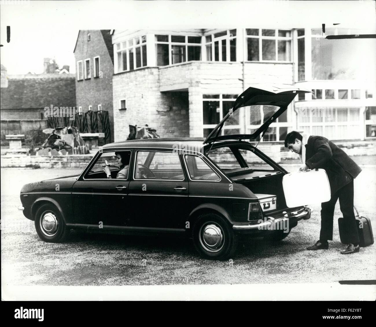 Overhead Camshaft Stock Photos Images Alamy 1969 Cb175 Wiring Diagram 1968 The Austin Maxi British Leylands New 1500 Saloon