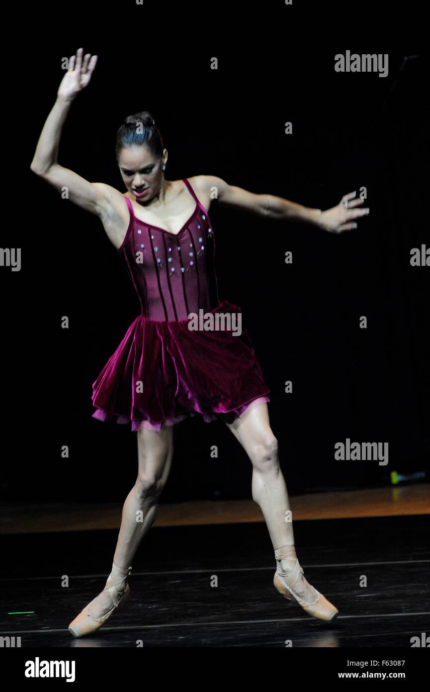Philadelphia, Pennsylvania, USA. 11th Nov, 2015. MISTY COPELAND, principal dancer at the American Ballet Theatre, - Stock Image