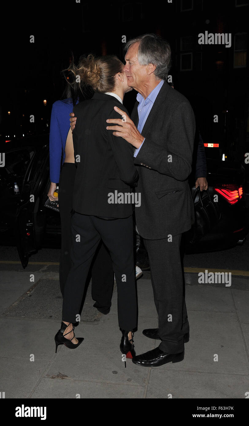 Cara Delevingne takes close friend Kendall Jenner to meet her parents over dinner in Chelsea. The pair emerged holding - Stock Image
