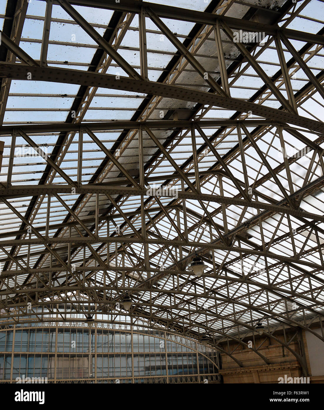 Curved Roof Trusses High Resolution Stock Photography And Images Alamy