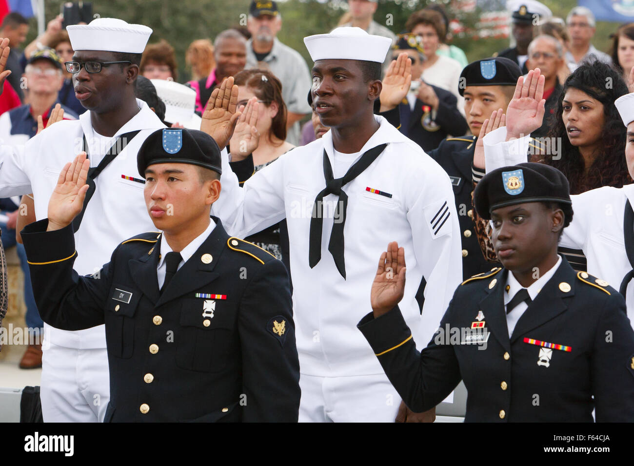 San Antonio, Texas, USA. November 11, 2015. Active duty servicemembers and veterans become new U.S. citizens as - Stock Image