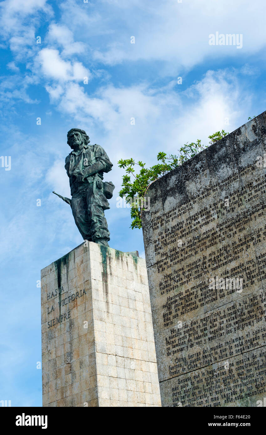 Statue of Che Guevara at his Mausoleum in Santa Clara, Cuba - Stock Image