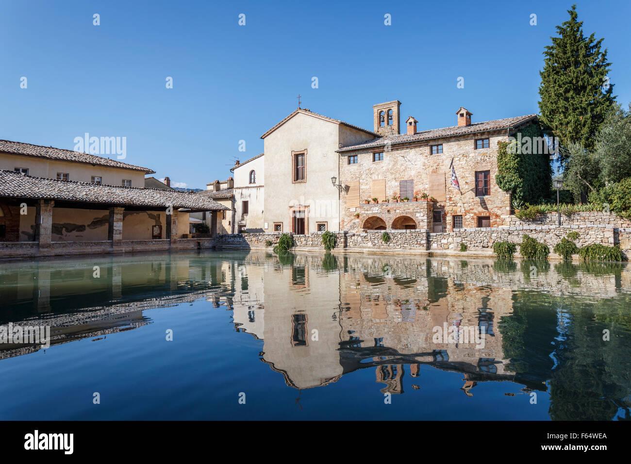 Bagno Vignoni thermal baths, San Quirico d\'Orcia, Val d\'Orcia, Siena ...
