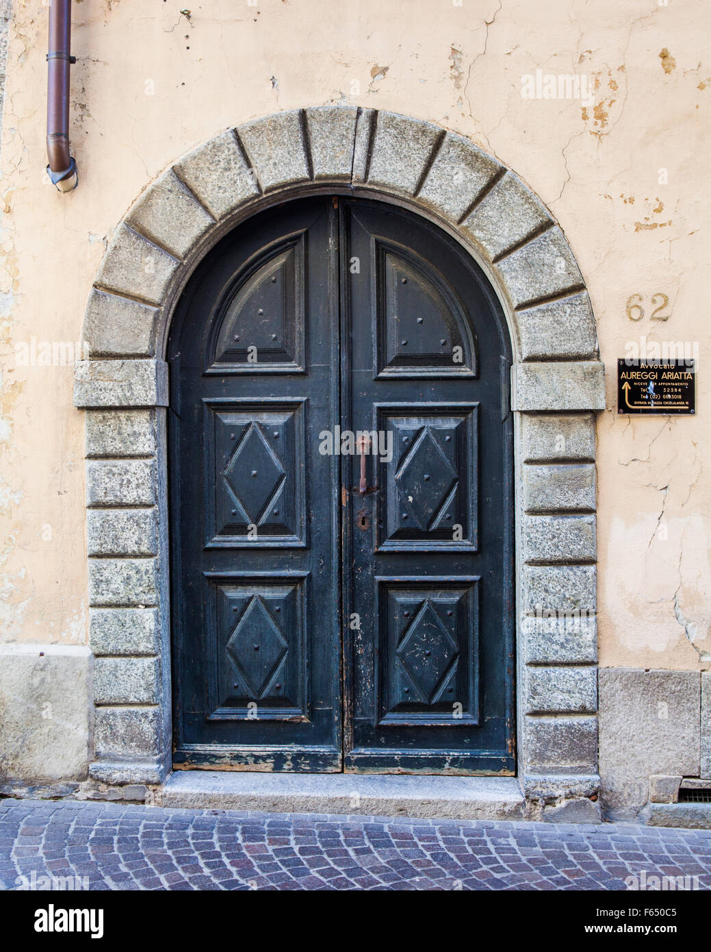 Italian doors & Italian doors Stock Photo: 89849877 - Alamy