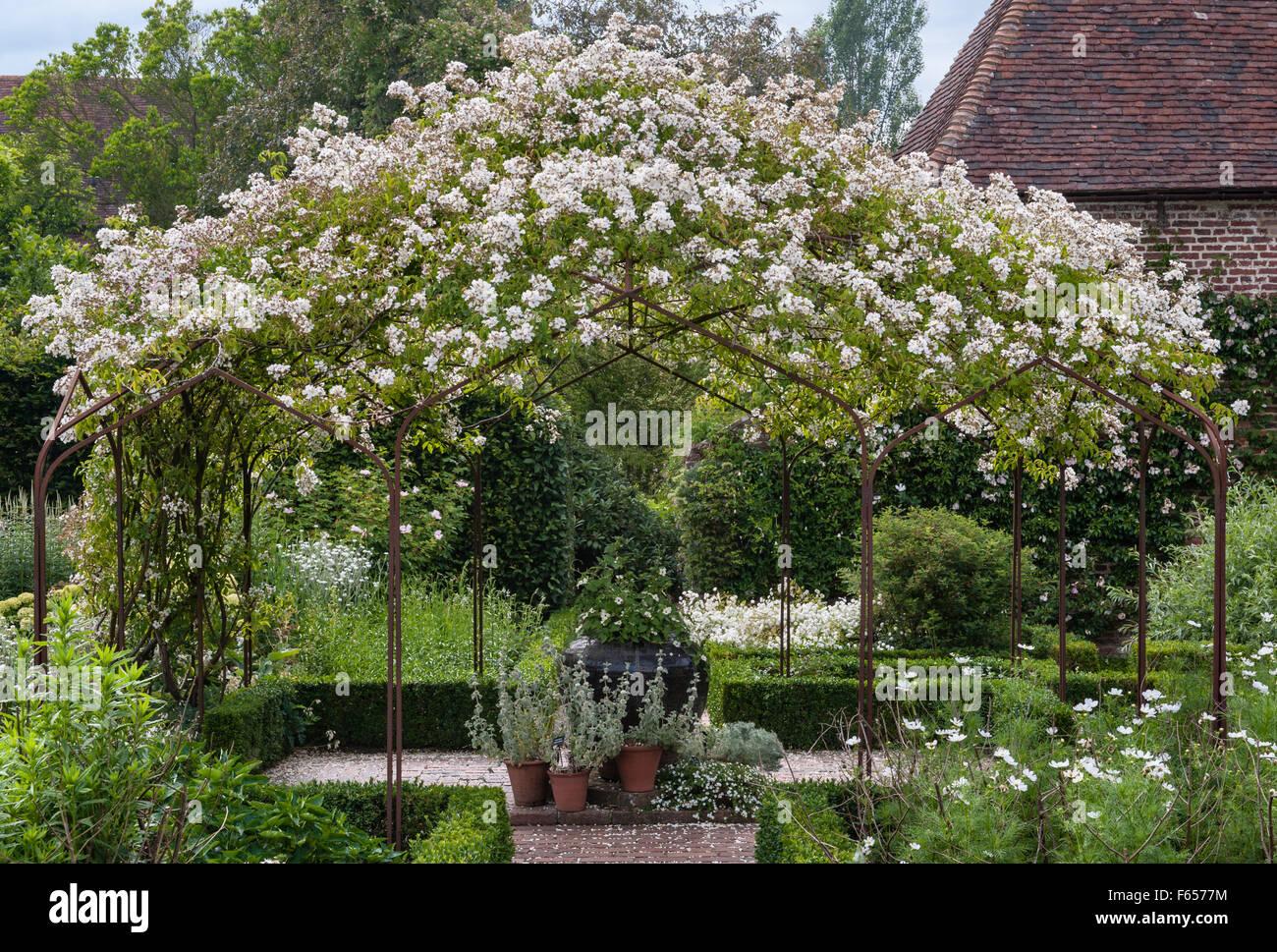 Weißer Garten Sissinghurst white garden sissinghurst stock photos white garden sissinghurst