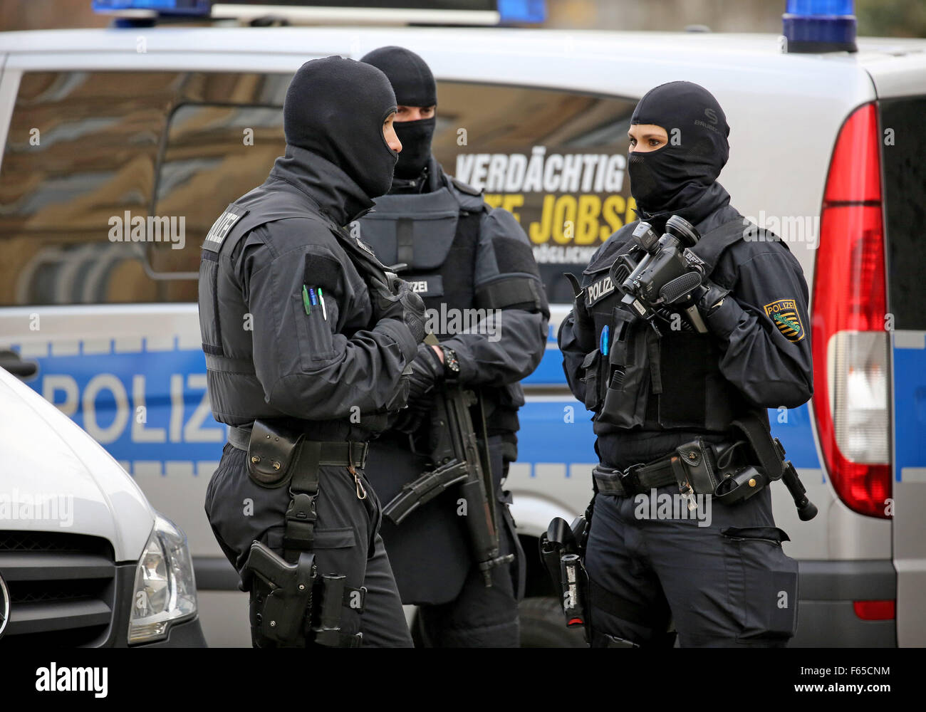 Drug Raid Stock Photos & Drug Raid Stock Images - Alamy