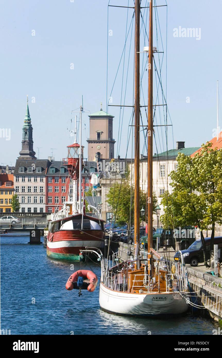 Sailboat moored at Frederiksholms Kanal in Copenhagen, Denmark - Stock Image