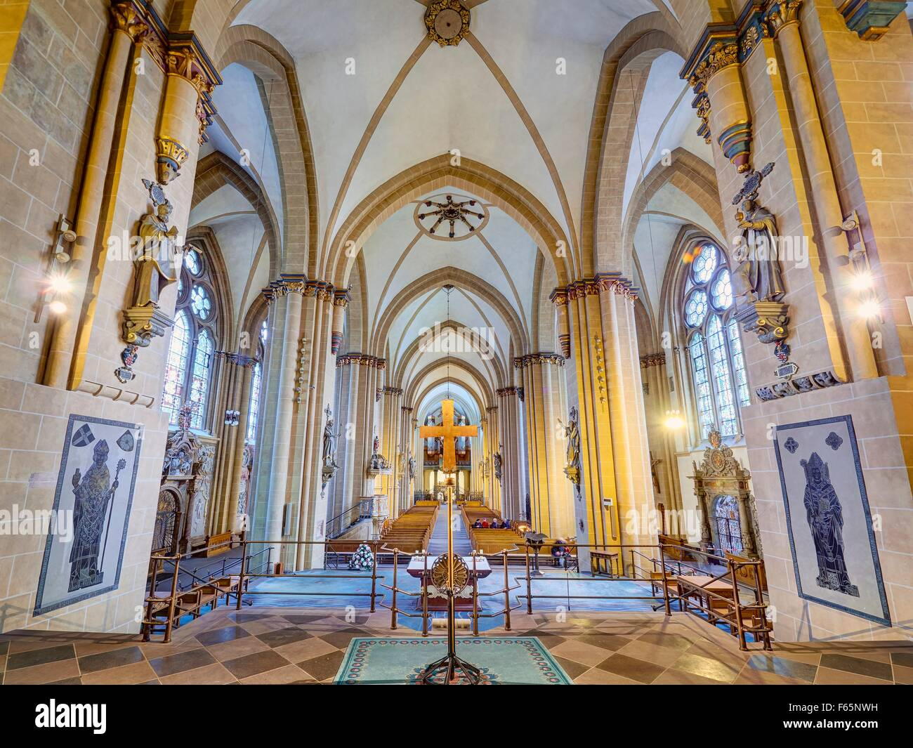 The imposing nave of the Paderborn Cathedral - Stock Image