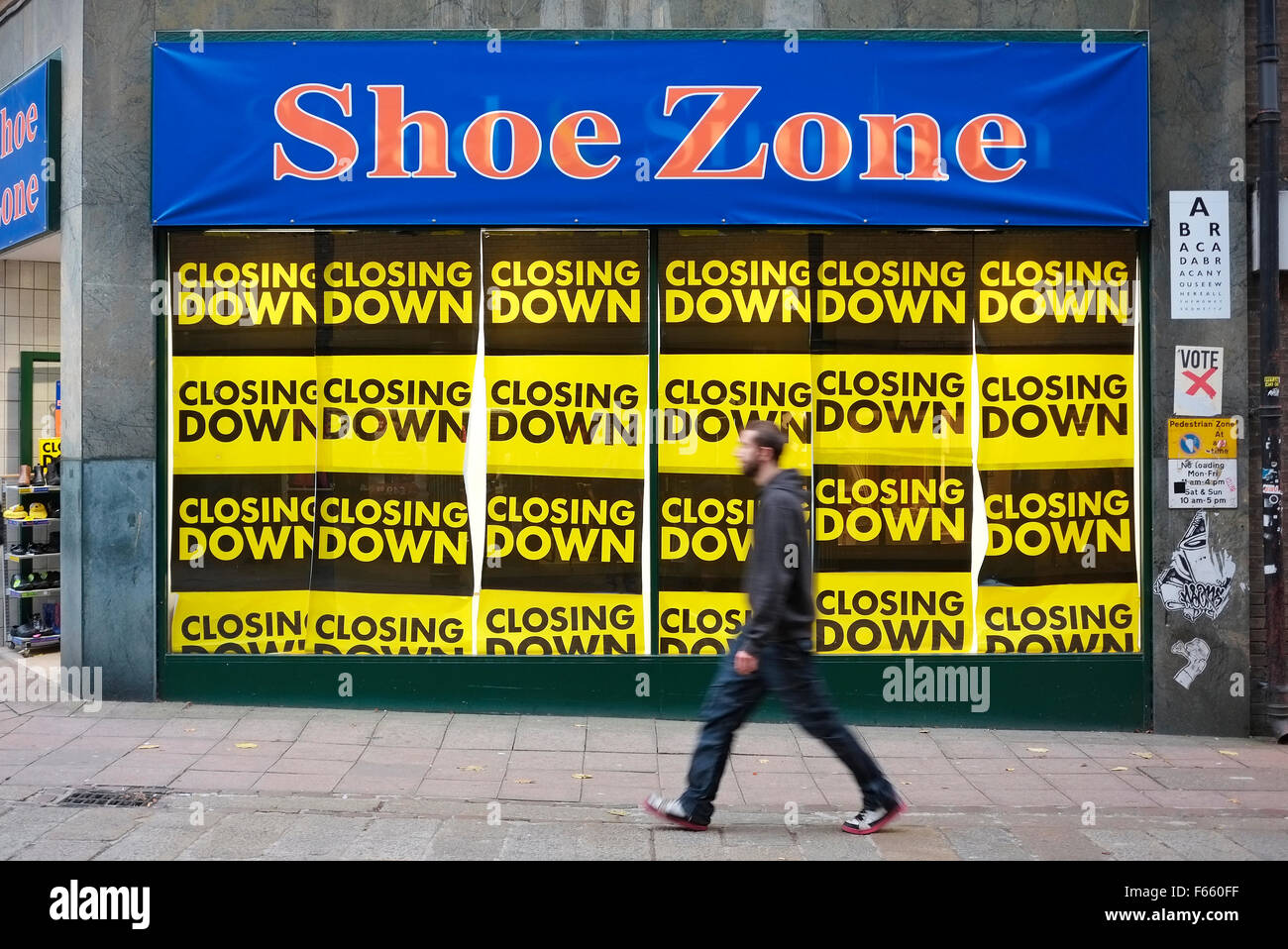 store closing down, norwich, norfolk, england - Stock Image