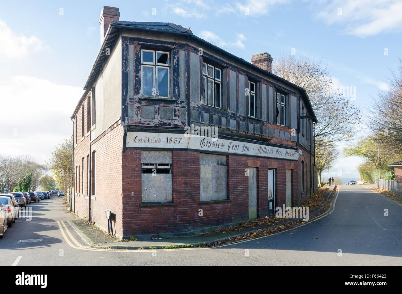 Gipsies Tent Inn, also known as Millard's Free House in Steppingstone Street, Dudley, West Midlands - Stock Image