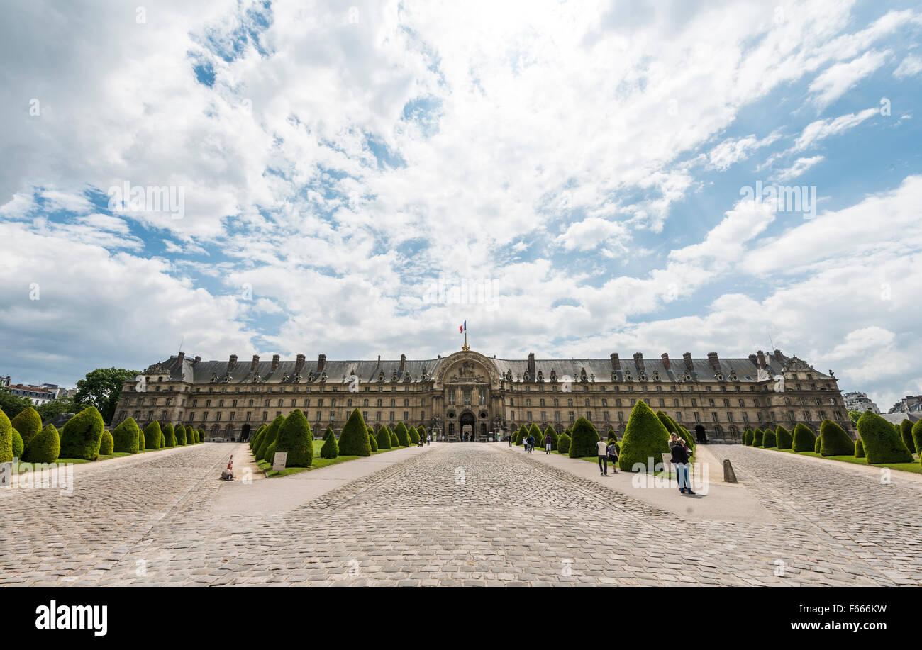 L'Hôtel national des Invalides, museum complex, Paris, Ile-de-France, France Stock Photo