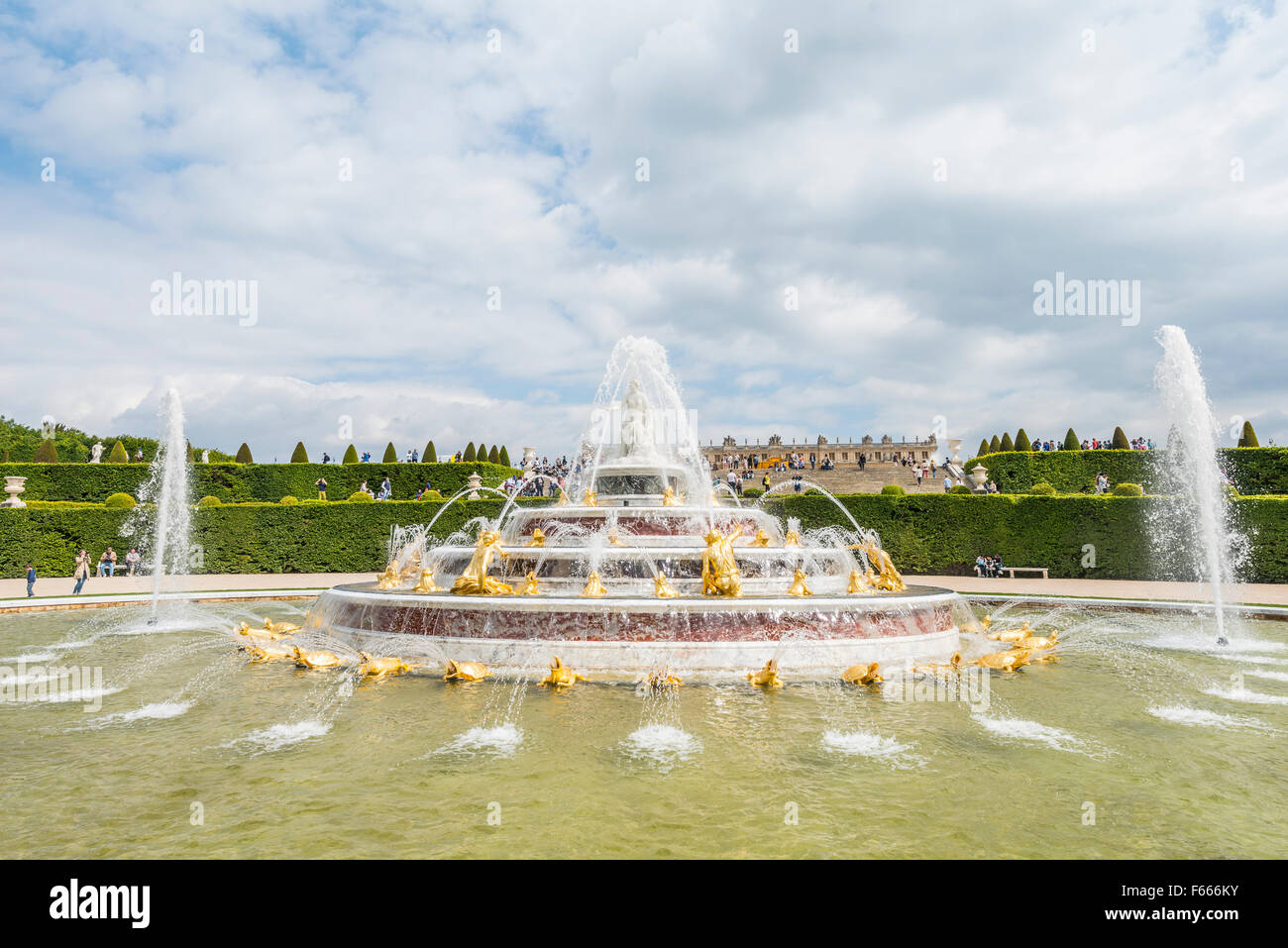 Latona Fountain in Gardens of Versailles, Palace of Versailles, UNESCO World Heritage Site, Yvelines, Region Ile - Stock Image