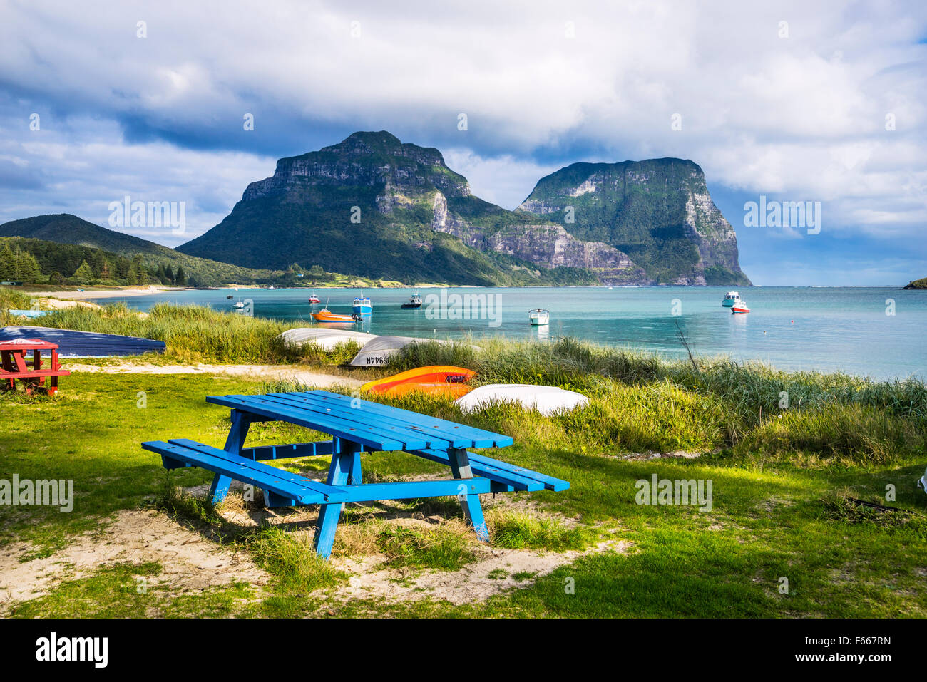 Lord Howe Island, Tasman Sea, New South Wales, Australia, Lagoon Beach with Mount Lidgbird and Mount Gower in the - Stock Image