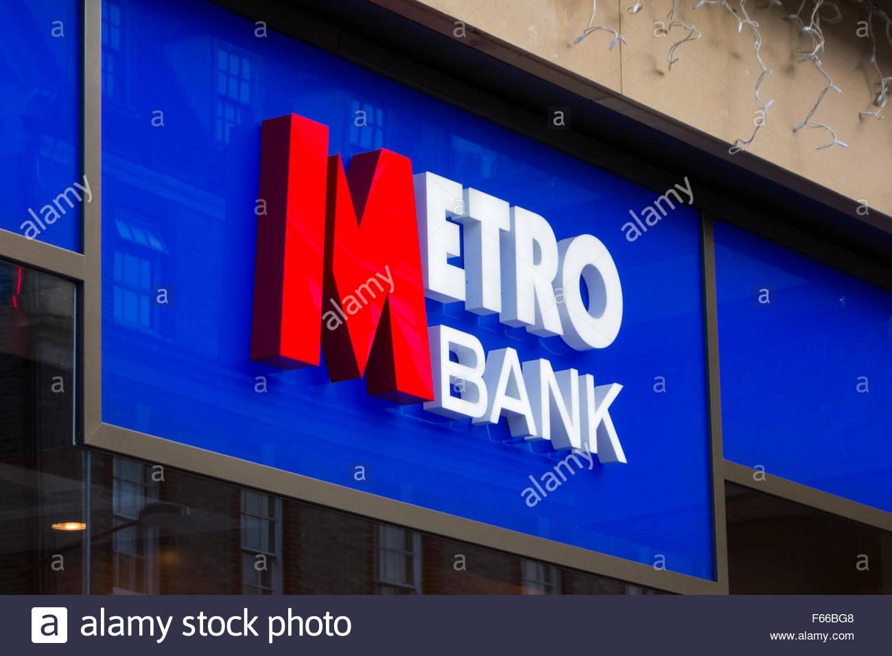 Metro Bank sign in Cambridge, England, UK - Stock Image