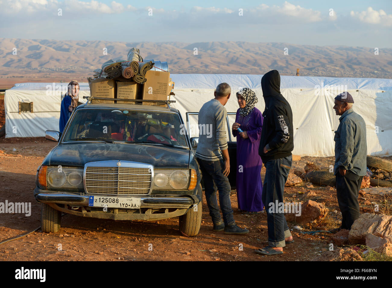 LEBANON Beqaa valley, Deir el Ahmad, camp for syrian refugees / LIBANON Bekaa Tal, Deir el Ahmad, Camp fuer syrische - Stock Image