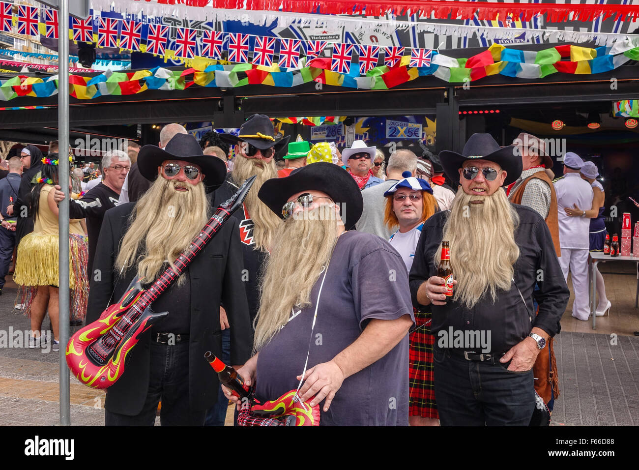 Benidorm, Spain. 12th November, 2015. An estimated 40,000 British revellers throng the streets of Benidorm New Town - Stock Image